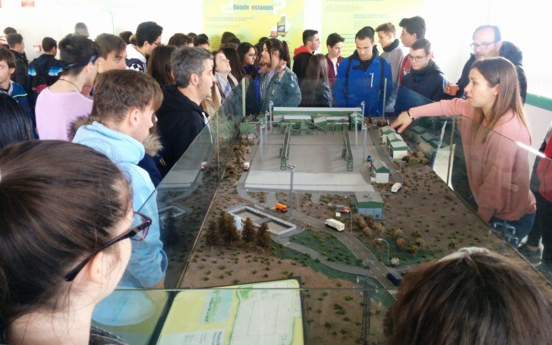 Visita a la planta de tratamiento de residuos de Almería
